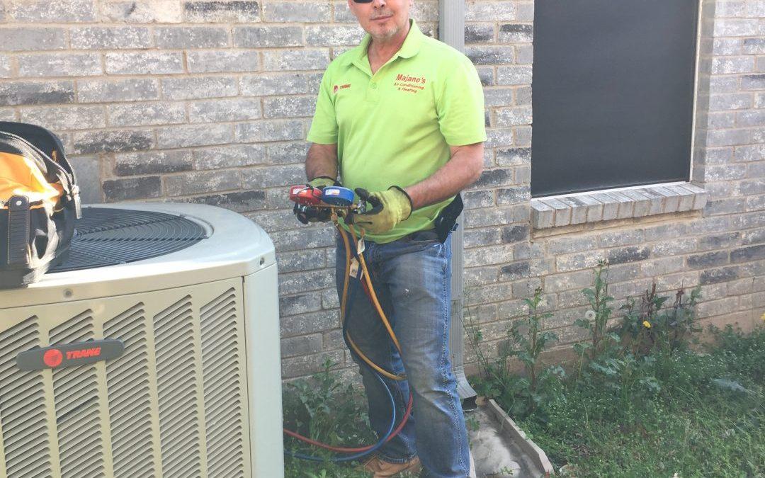 Maintenance service to a XR16 Trane at  Little Elm, TX
