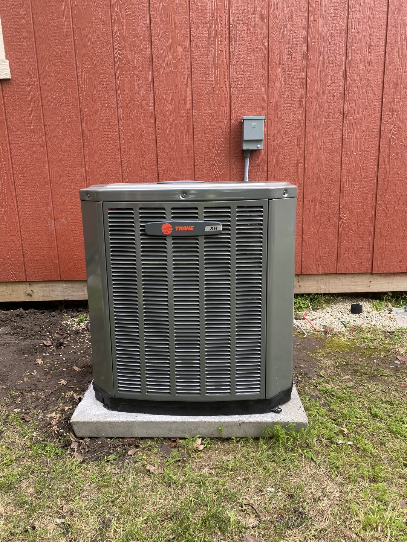 Installation of a 2-ton split cooling. Trane. Frisco Tx