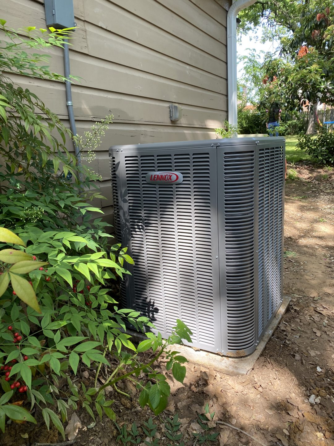 Installation of an Air Conditioning Unit Lennox at Denton Tx 76201