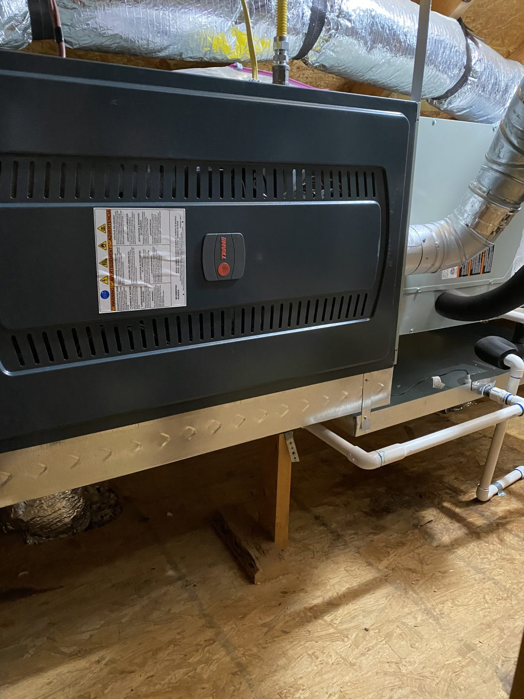 4 ton air conditioning XR14 with 4-ton gas furnace S8X1. TRANE Little Elm Texas 75068&