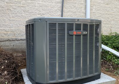 3.5. Ton split coolingXR14 with a 3.5-ton gas furnance S8X1. Euless Texas76039